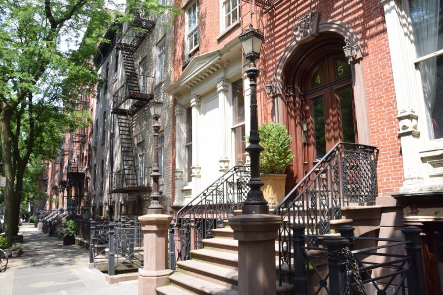 manhattan new york carry bradsaw sex and the city apartment greenwich village