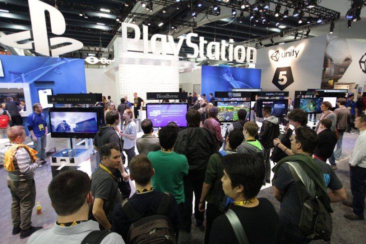 Gaming tech tradeshow digital display