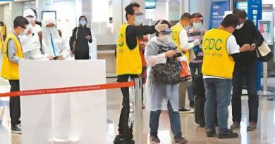 台灣輸出確診個案累積六例。圖為旅客通過桃機第二航廈長廊。圖/聯合報系資料照片