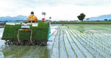 農田水利會收歸國有,農委會新成立的農田水利署今天掛牌運作。首任署長蔡昇甫說,未來將著重水資源分配及溝通。圖/聯合報系資料照片