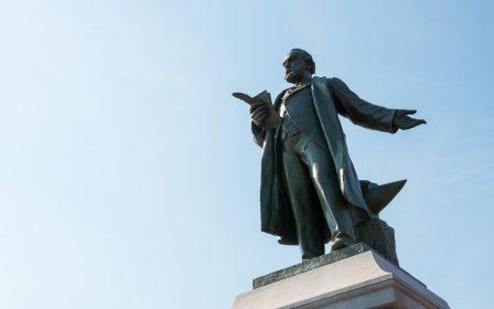 Statue von Jean-Baptiste André Godin, © Xavier Renoux, 2016, Familistère de Guise