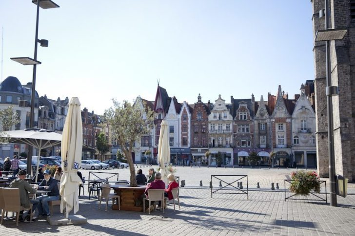 Grand'Place in Béthune, © Brigitte Baudesson/Béthune-Bruay Tourisme