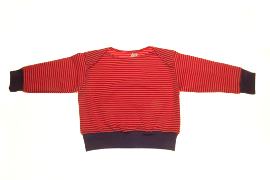 Økologisk bluse rød magenta.