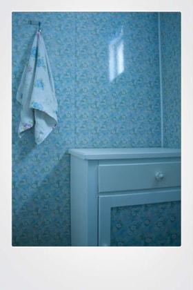 Poster flowery bathrom nordic noir-min