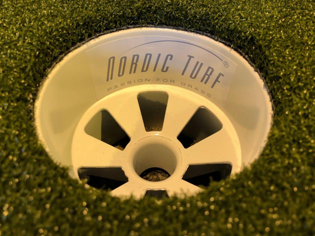 Alumiini golf-kuppi