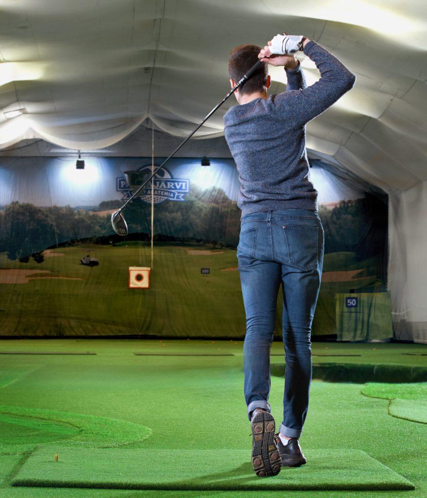 Golf sisähalli keinonurmet