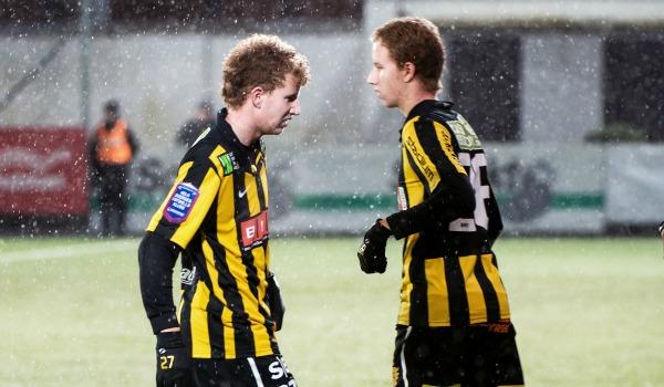 130205 Fotboll, Träningsmatch, Häcken - Elfsborg: Simon Gustafsson byts ut mot sin tvillingbror Samuel Gustafsson, © Bildbyrån - 57043 - Foto: Carl Sandin / BILDBYRÅN
