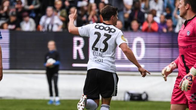 Helland a inscrit un doublé ce week-end permettant à Rosenborg de conserver sa place de leader