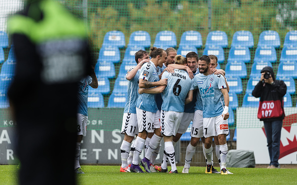 HADERSLEV, DENMARK - AUGUST 07: Players of Sonderjyske celebrates after scoring their first goal during the Danish Alka Superliga match between Sonderjyske and FC Copenhagen at Sydbank Park on August 7, 2016 in Haderslev, Denmark. (Photo by Allan Hogholm / FrontZoneSport via Getty Images)