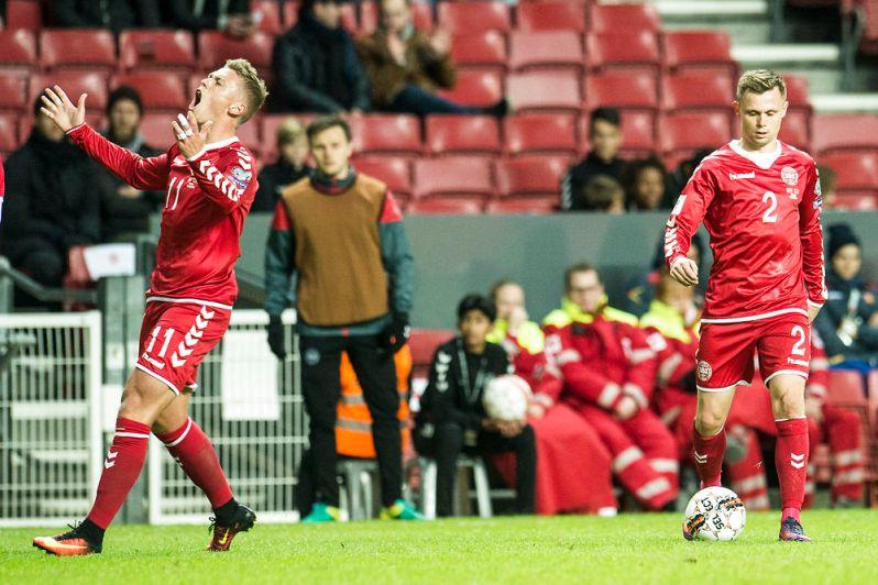 Danmark tager imod Montenegro i Parken i VM kvalifikationen d. 11 oktober 2016. Viktor Fischer og Peter Ankersen. (Foto: Ólafur Steinar Gestsson/Scanpix 2016)