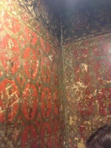 Überreste der Tapete im Tipu Palace