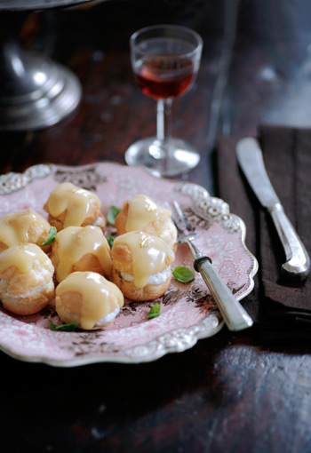 Profiteroles with ricotta, chocolate and aubergine