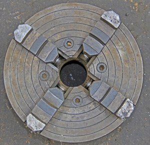 """Union 10"""" Independent 4-Jaw Lathe Chuck with 2 7/8"""" x 6 TPI Spindle"""