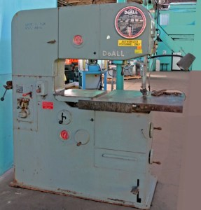 Doall 3613-2 Vertical Band Saw With Blade Welder