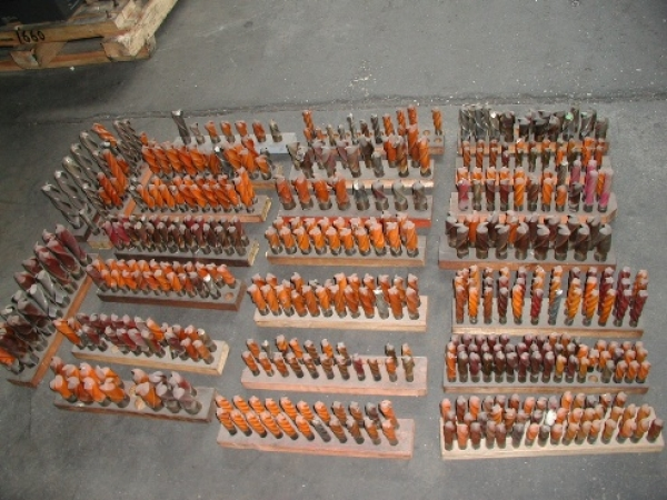 Quality End Mills Large Assortment