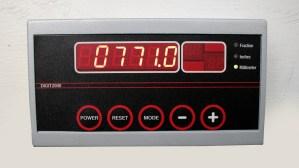Moderne Electronique Digit2000 Digital Backgauge Indicator
