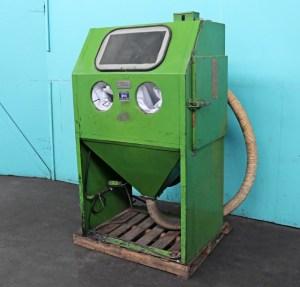 "Empire Abrasive 36"" x 25"" Sandblaster Cabinet w/ Dust Collector, MH2636 S-1"