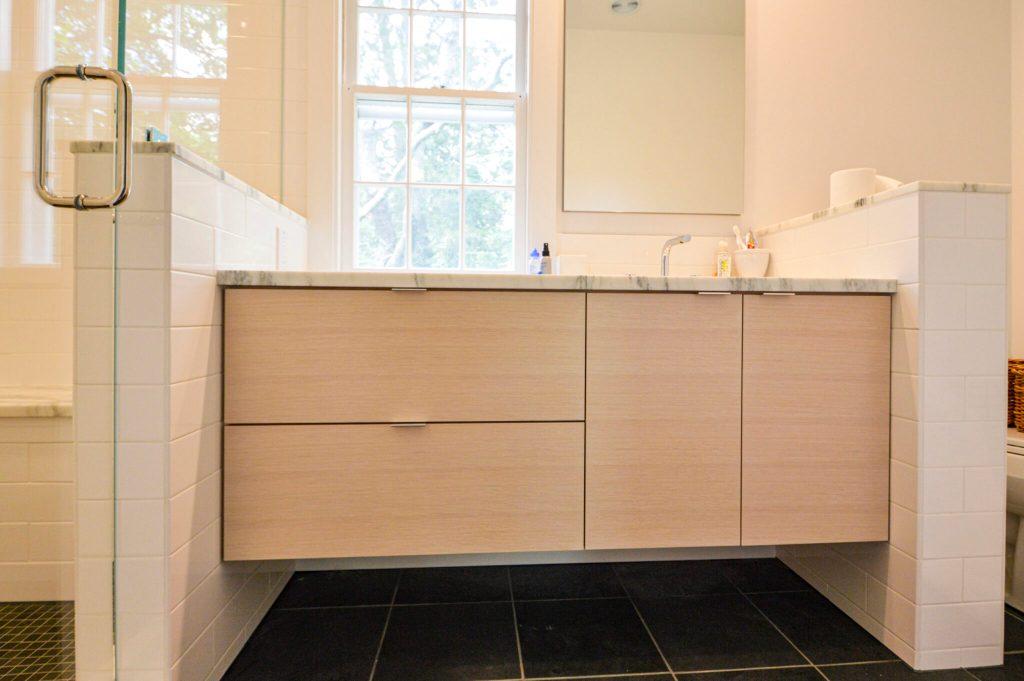 custom bathroom vanity sink