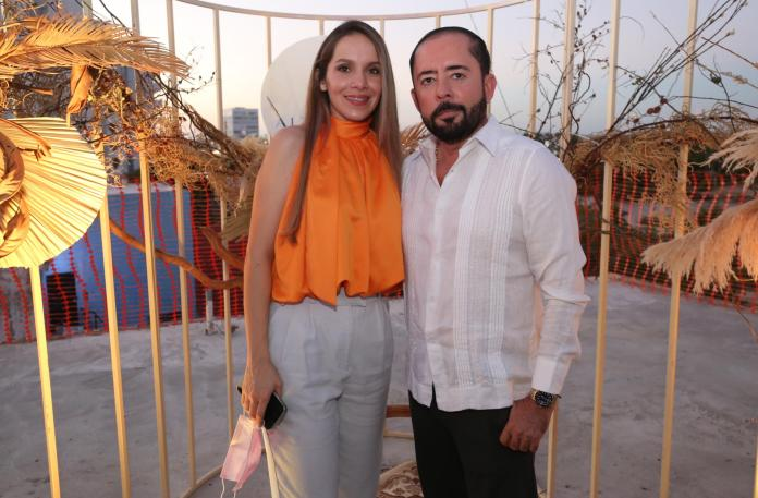 $! Noriely de Lizárraga and Samuel Lizárraga.