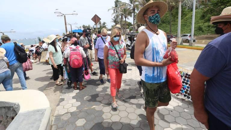 El 95% de los pasajeros del crucero Carnival Panorama está vacunado,  anuncia el Gobierno de