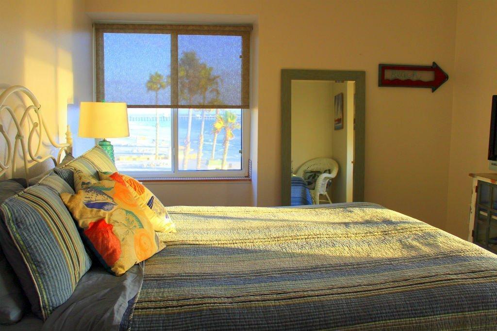 E-312 Bedroom