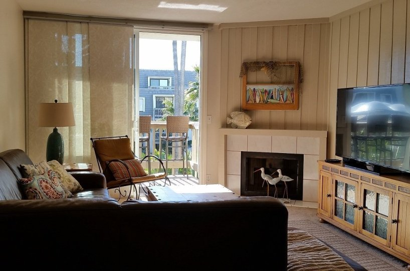 F-300 Living Room