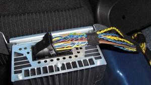 R55 HiFi amp wiring  North American Motoring