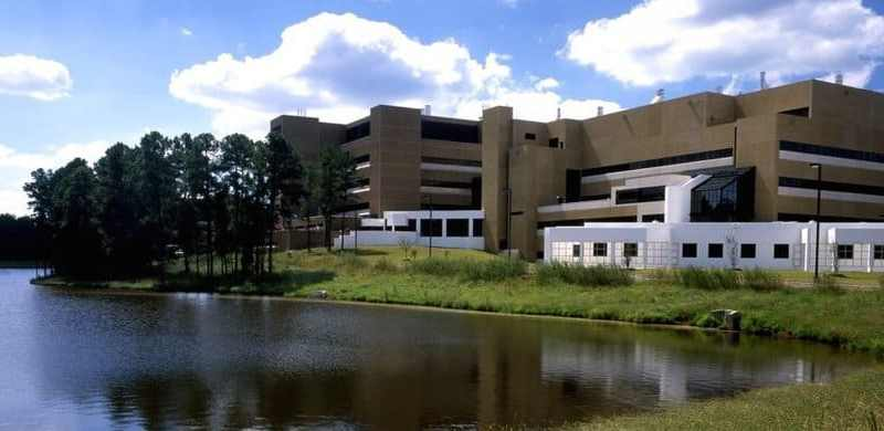 Shows the NIEHS facility in Research triangle park