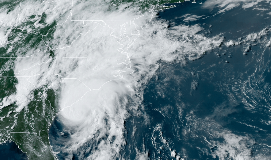 shows large storm approaching the north carolina coast