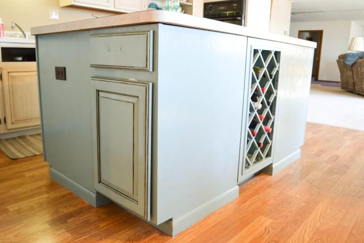 kitchen-finished-island