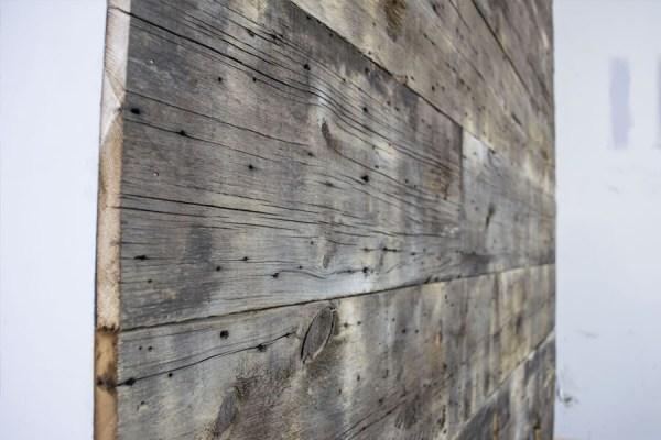 barnwood-wall-_-closeup-of-wall-planks