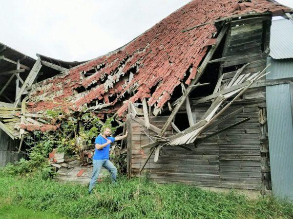 brett-and-original-barn