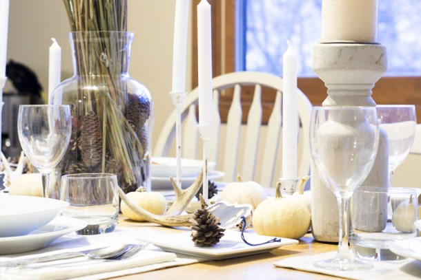 rustic-thanksgiving-tablescape-_-table-setting3
