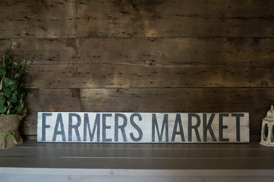 farmers-market-rustic-sign-1-of-1