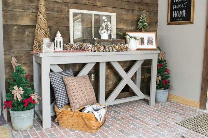 Entryway Farmhouse Table Christmas Decor
