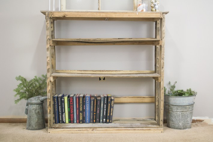 Book Lover'Guide to Styling a Book Shelf