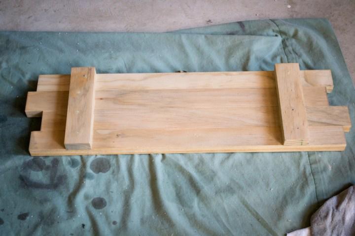 DIY Wooden Farmhouse Style Mason Jar Holder