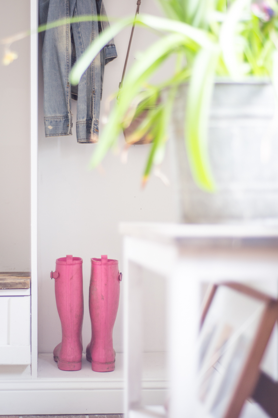 spring entryway home tour and pink rain boots