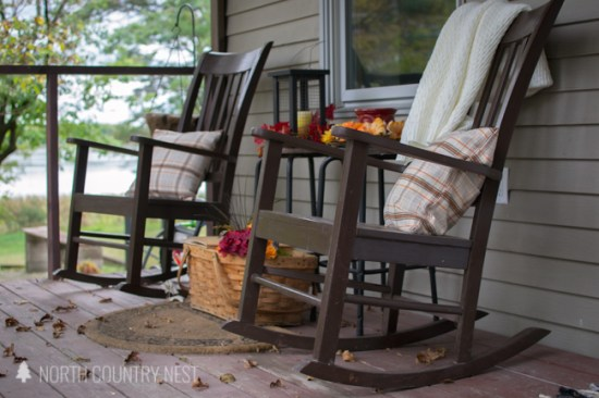 rustic and traditioal fall porch decor