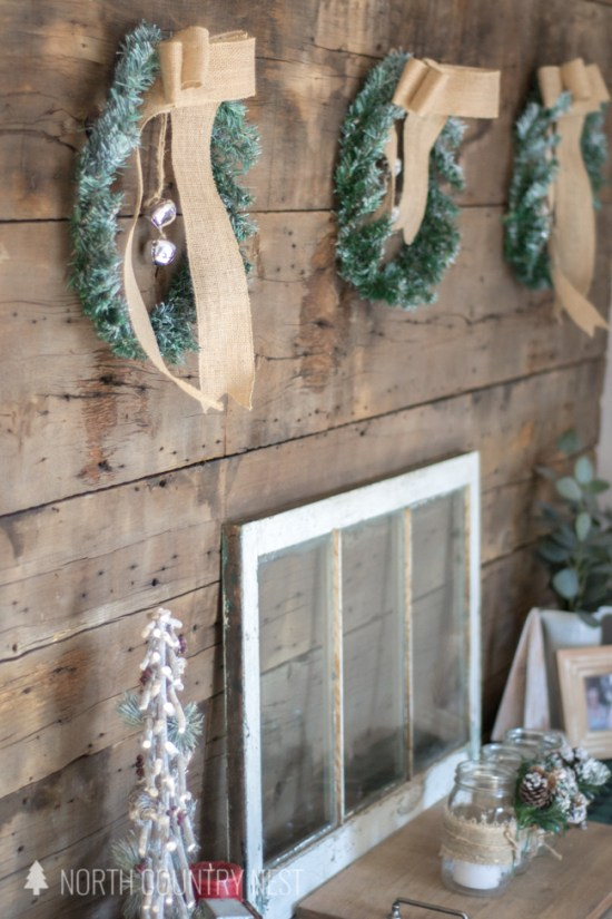 rustic entryway holiday decor