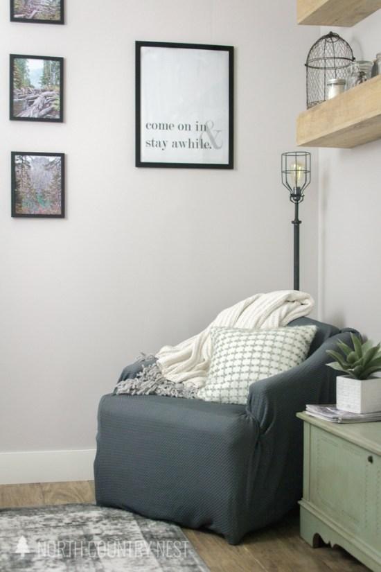 Rustic Industrial Bedroom: Rustic Industrial Guest Bedroom Decor