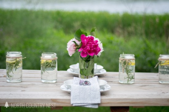 outdoor tablescape for the summer