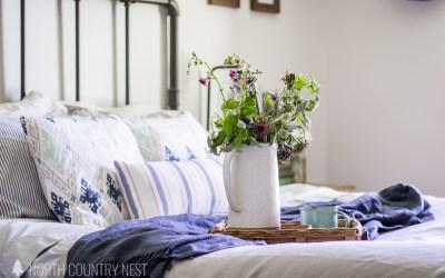 Simple Blue Summer Bedroom Decor