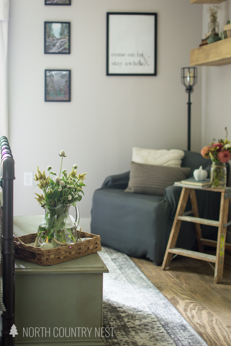 guest bedroom seating area