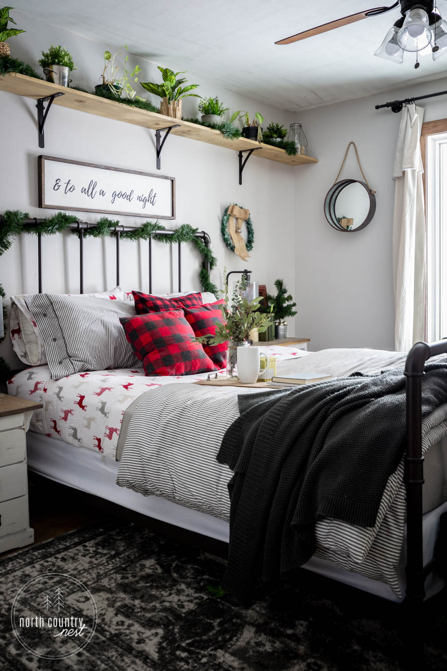 rustic holiday guest bedroom decor