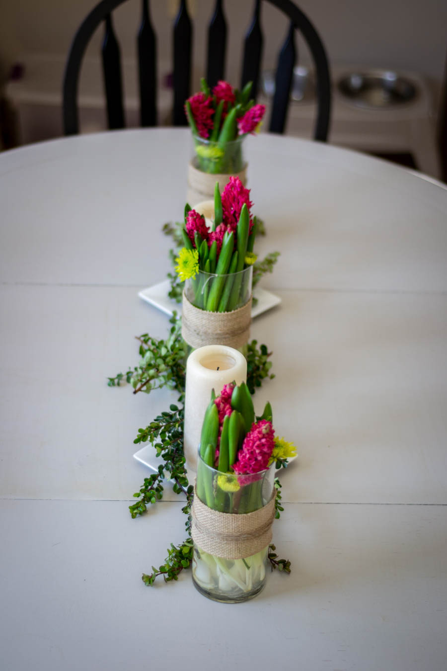 a simple spring floral centerpiece
