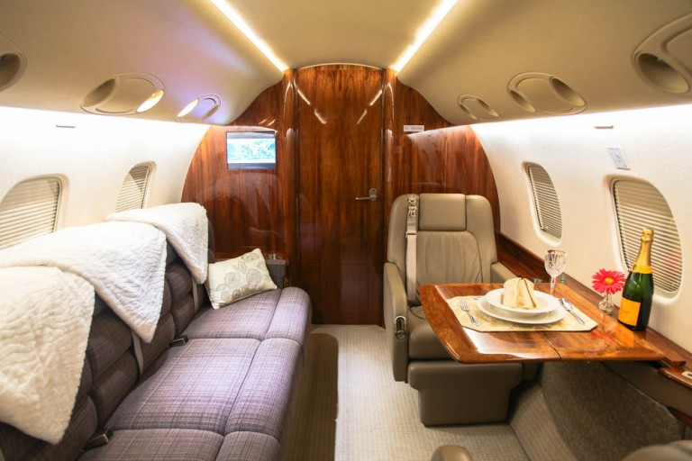 Embraer-Legacy-Private-Jet-Cabin-2-768x512