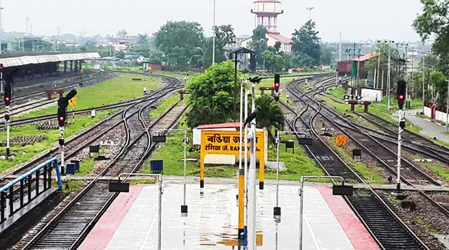 Assam:  Rangia Division achieves 100 percent Mechanised Deep Screening of Tracks