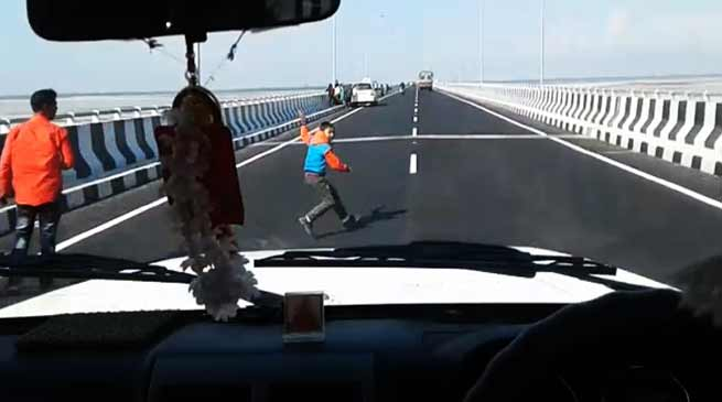 Assam: One Minor dies on Bogibeel Bridge