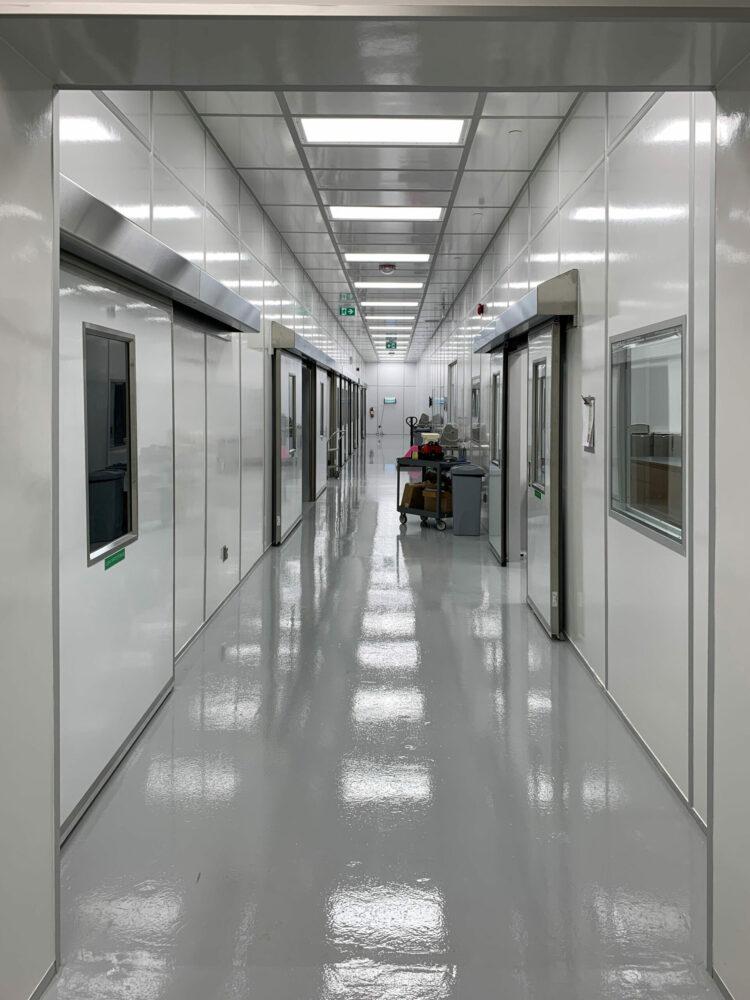Manual Fiberglass cleanrom sliding door in pharmaceutical manufacturing plant